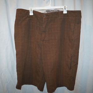 Micros brown checked flat front shorts plaid golf
